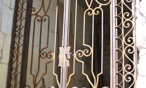 Porte / Grille de défense Bellegarde