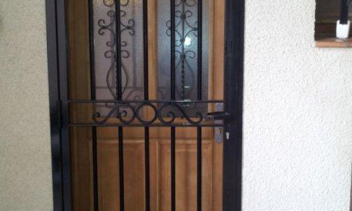 Pose de Porte en Fer Bouillargues