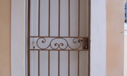 Pose de Porte en Fer Manduel