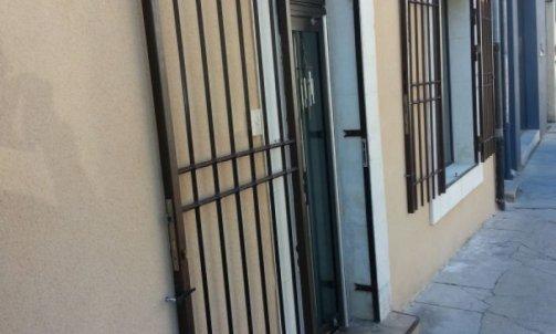 Porte / Grille de défense Nîmes